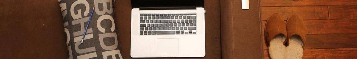 האם לבחור בכותב תוכן פרילנס או חברה לשירותי תוכן?